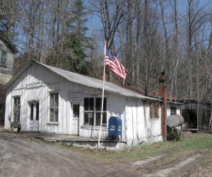 Community fundraises to restore historic post office in Penland, NC